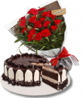 valentine's-flower-with-cake