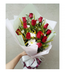 send 12 red roses in hand bouquet to cebu