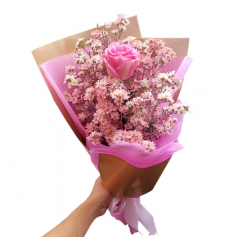 Single Pink Color Roses in Bouquet